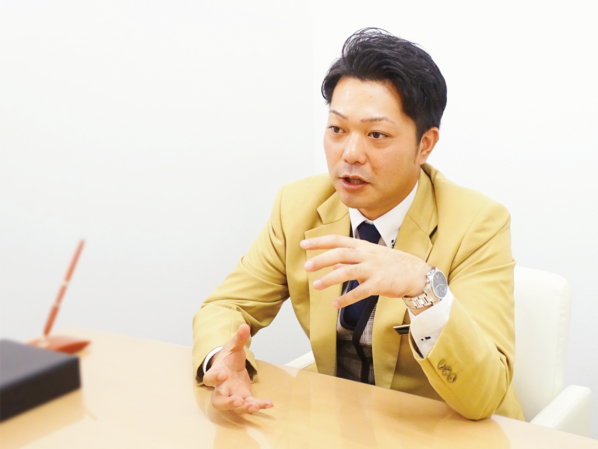 シーカーズインタビューを受ける大野 優太さん